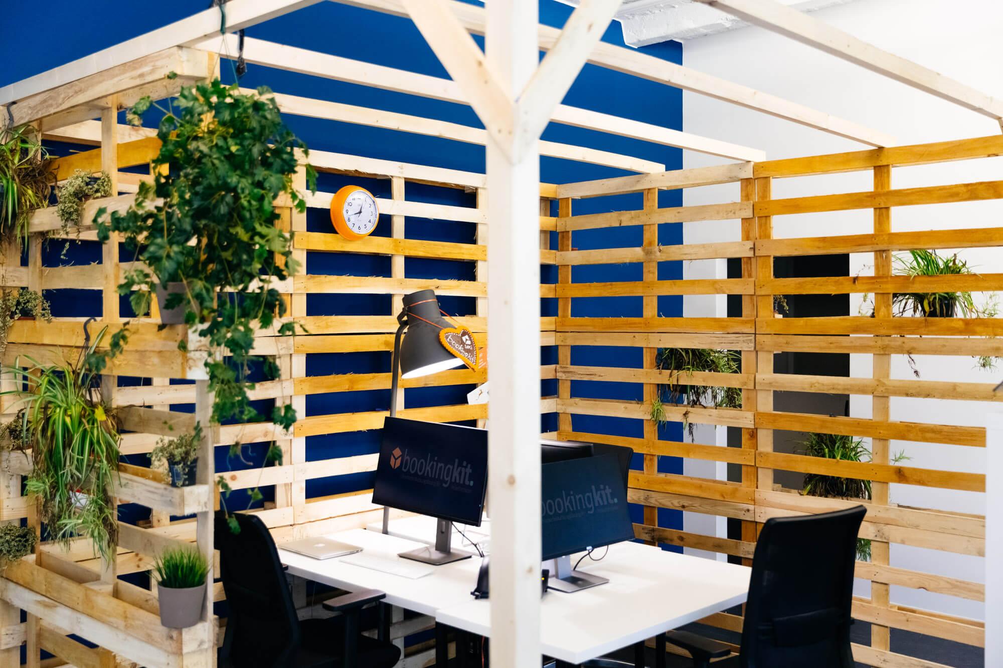 Bürobilder Paletten Ecke